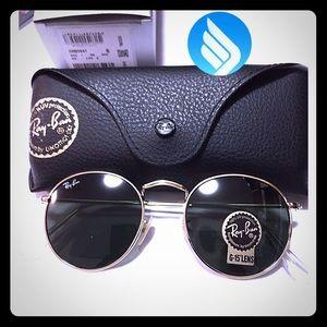 Ray-Ban Gold Round Metal 3447 G-15 Sunglasses Flat